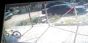ANTALYA Otomobiline çarptığı kişinin tabancayla yaraladığı sürücü öldü