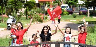 Aydın Ergün: Antalya'da bayram coşkusu, meydanlardan balkonlara taşındı (2)