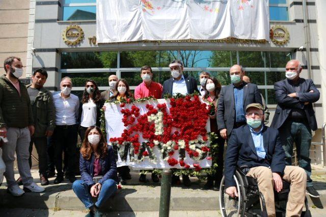 Son Dakika: İçişleri Bakanlığı'ndan 1 Mayıs açıklaması: DİSK çelengi Taksim Anıtı'na bırakıldı
