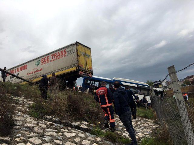 Ankara'da TIR ile EGO otobüsü çarpıştı: Çok sayıda yaralı var