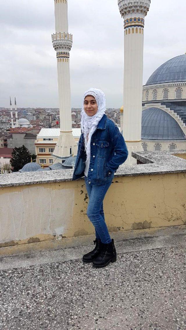 Bahçelievler'de camdan bakan Suriyeli kız başına isabet eden kurşunla öldü