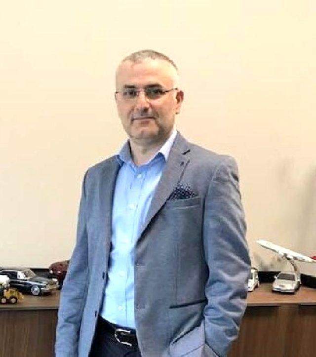İmamoğlu, İBB'de 15 yıldır görev yapan Gelirler Müdürü Yakup Keskin'i görevden aldı