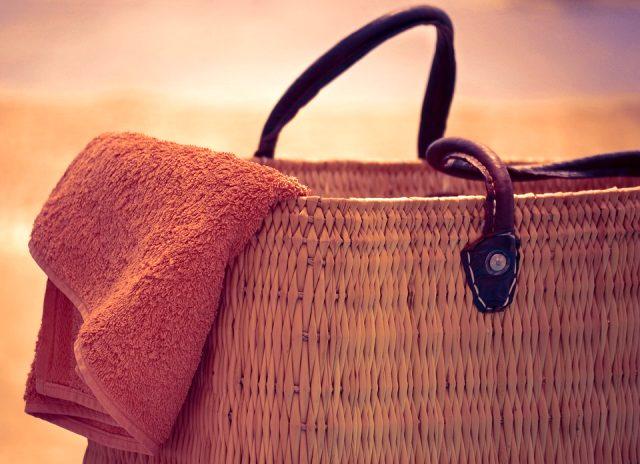 Plaj çantalarında olması gereken ürünler
