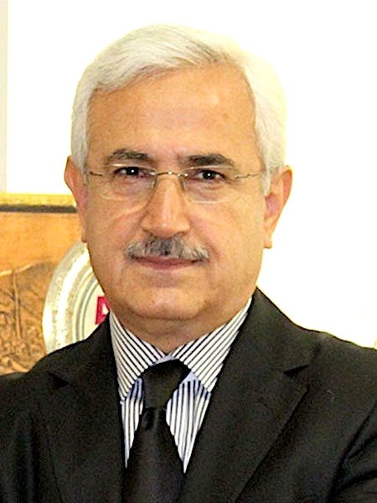 Rektör Hanifi Aslan'dan 19 Mayıs mesajı