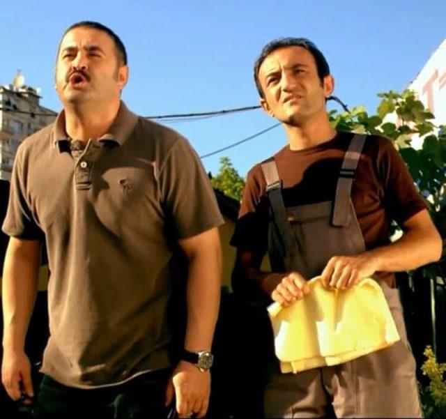 Şafak Sezer, eski rol arkadaşları Ersin Korkut ve Büşra Pekin'e ateş püskürdü