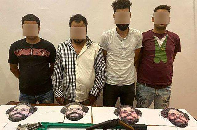 Muhammed Salah kılığına girip mağazayı soymak isteyen hırsızlar kıskıvrak yakalandı