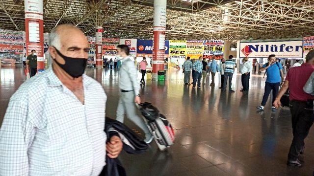 65 yaş üstü vatandaşlara seyahat izni verilmesiyle terminallerde yolcu kapma yarışı başladı