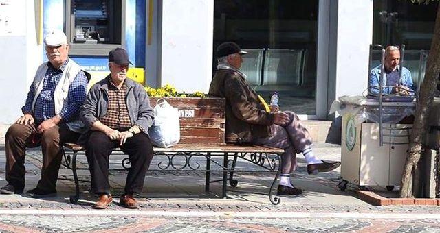 65 yaş üstü sokağa çıkma izni hangi gün? 65 yaş üstü için bayramda sokağa çıkma izni ne zaman?
