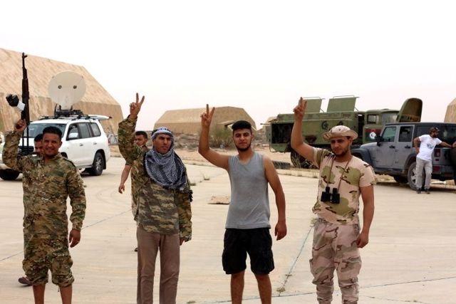 Libya savaşının seyri barış masasını dayatıyor