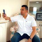 Kovid-19 ile mücadele eden doktor, ailesinin bayramını telefonda kutladı