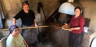 Hamur: Tufanbeyli'de kadınların kömbe mesaisi