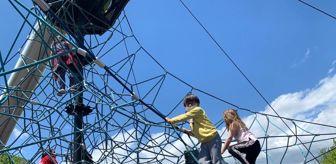 Mehmet Genç: Isparta'da çocuklar bu izinde de parklara akın etti