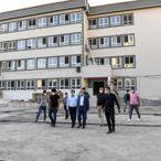 Adana Valisi Demirtaş, okullarda incelemelerde bulundu