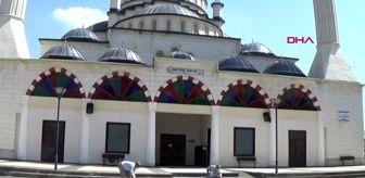 GAZİANTEP Camilerde sosyal mesafeli cuma namazı hazırlıkları