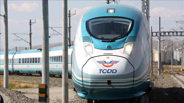 Hızlı tren seferleri başladı mı? Hızlı trenlerin yeni taşıma kuralları nedir? Hızl ıtren bileti nasıl alınır? Hızlı tren biletlerine zam geldi mi?