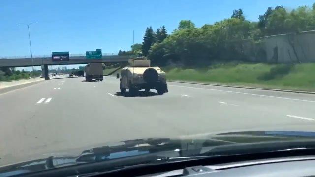 Trump işaretini vermişti, ordu birlikleri protestoların arttığı Minneapolis'e girdi