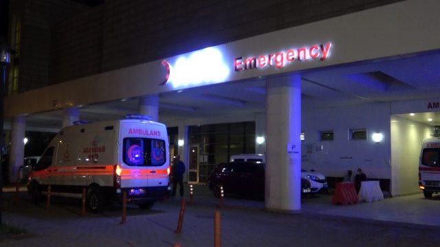 5 kişinin yaralandığı kavgadan kaçan saldırganlar, 2 polisi yaraladı