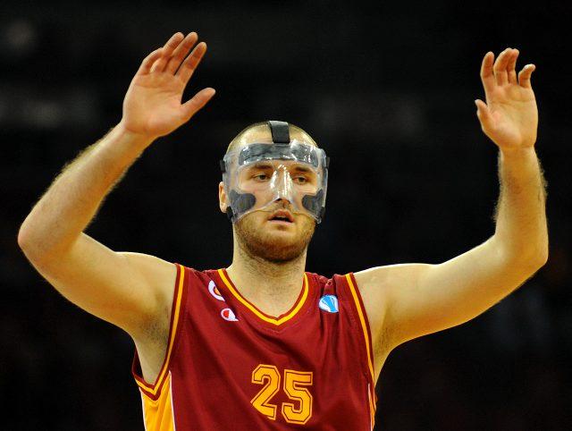 Eski Galatasaraylı Milan Macvan, 30 yaşında basketbolu bıraktı