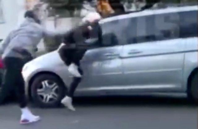 NBA oyuncusu JR Smith, ABD'deki protestolar esnasında aracının camını kıran kişiyi tekme tokat dövdü