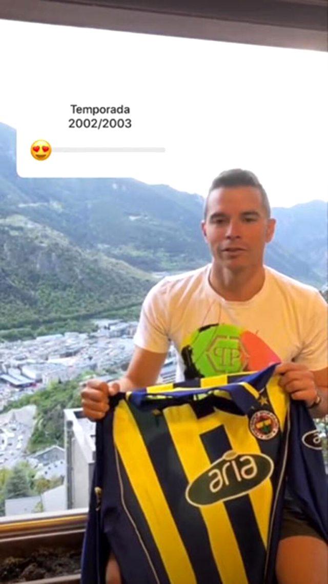 Barcelona'nin eski yıldızı Saviola'dan Fenerbahçe formalı paylaşım