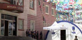 DİYARBAKIR HDP önündeki eylemde 274'üncü gün