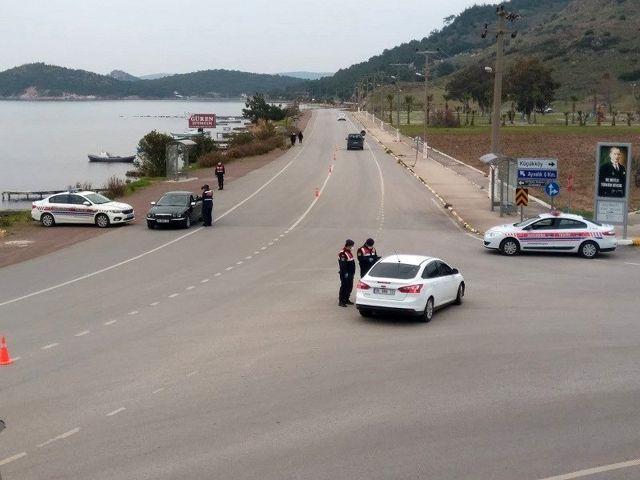 Jandarmanın radarına takılan 62 araca ceza yağdı
