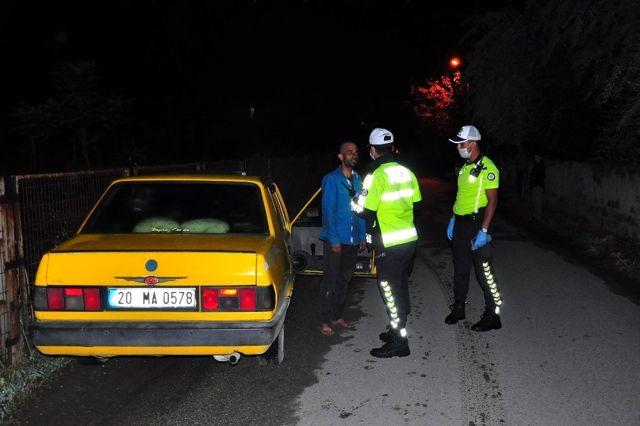 Son dakika haber... Polisin kaza yapan alkollü sürücü ile imtihanı