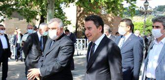 Mustafa Destici: Refah Partisi eski Genel Başkanı Ahmet Tekdal son yolculuğuna uğurlandı
