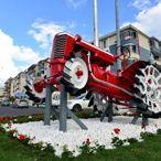 Tekirdağ'da cumhuriyet dönemine ait traktör bakımı yapılarak meydana konuldu