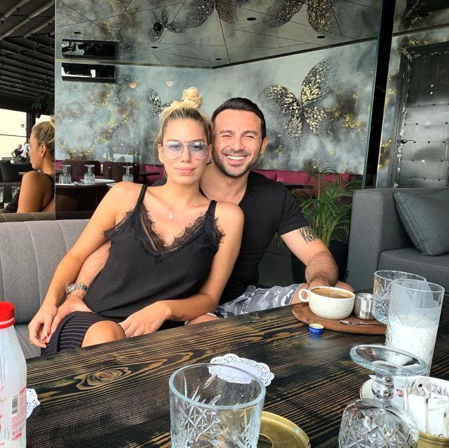 Eski Beşiktaşlı Ahmet Dursun için eşinden sürpriz itiraf: Beni tavuk pilavcıya götürdü