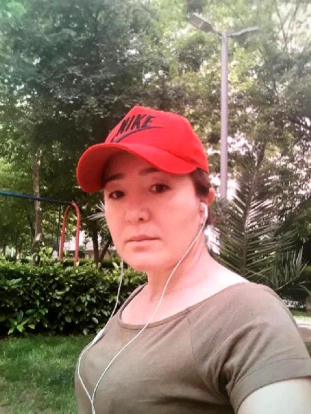Özbek eşini boğarak öldürdü, polis gelene kadar başında bekledi