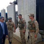 Tatvan Kaymakamı Özkan'dan üs bölgesindeki güvenlik güçlerine ziyaret
