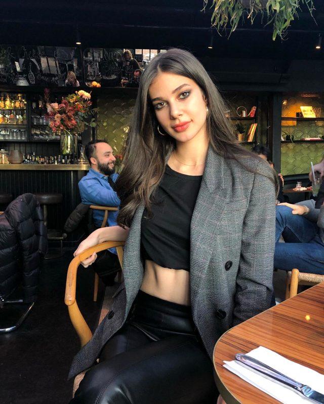 Defne Samyeli, Baran Tınaz Deren Talu aşkına onay verdi
