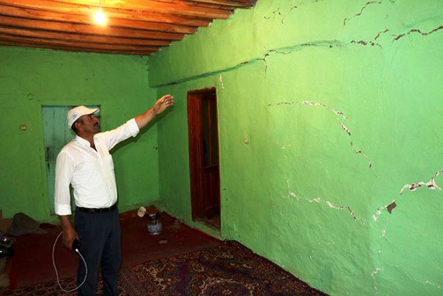 Son Dakika: Malatya'da meydana gelen 5 büyüklüğündeki depremde 20 ev ağır hasar gördü