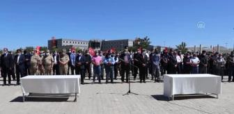 Çatak'taki terör saldırısında şehit olan 2 işçi için tören düzenlendi (2)