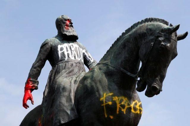 Belçika'da George Floyd protestolarında Kral 2. Leopold'un heykelleri neden tahrip ediliyor?