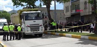 Gürkan Zengin: Son dakika haberi! ERZURUM Bisikletiyle kamyon altında kaldı, yakınları fenalık geçirdi