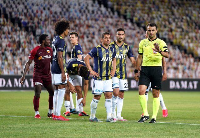 Fenerbahçe, sahasında Hes Kablo Kayserispor'u 2-1 mağlup etti