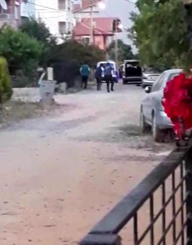 Uşak'ta polis ve bekçileri av tüfeğiyle yaralayan zanlının yeni görüntüleri ortaya çıktı