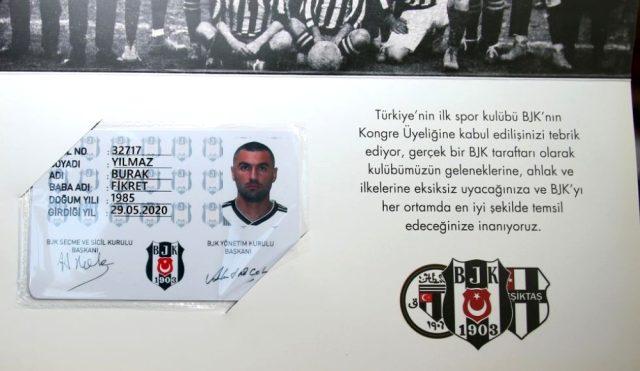 Hangi takımlı olduğu tartışılan Burak Yılmaz, Beşiktaş kongre üyesi oldu