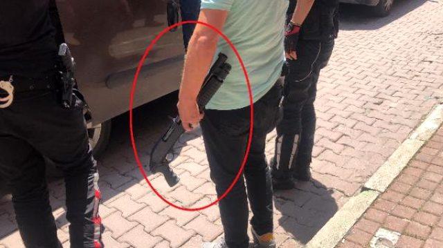 İngilizce kursunda pompalı tüfekle tavana ateş eden saldırgan gözaltına alındı