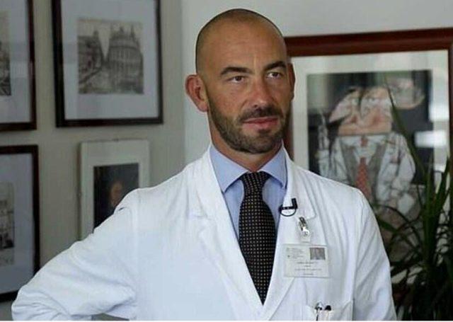 İtalyan Profesör Matteo Bassetti: Koronavirüs daha az ölümcül hale geldi, aşıya gerek kalmayabilir