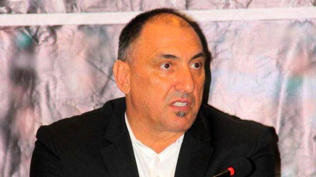 Kocaelispor'un eski kalecisi Stingaciu itiraf etti: Fenerbahçe'yi yenmek için Hagi'den para aldım