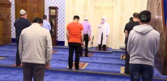 Hacı Bayram Veli Camisi'nde cemaatle ilk sabah namazı kılındı (2)