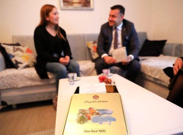 Alanya'nın yeni misafirleri Hoşgeldin Komşum Projesiyle gülüyor