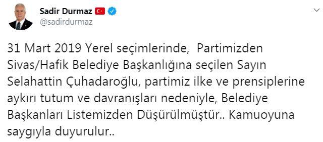 Son dakika: Bahçeli, 'parti ilkelerine aykırı davranan' belediye başkanının ipini çekti
