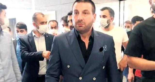 Sıla'nın 15 Temmuz zamanında yaptığı paylaşımla küfür ederek karşılık veren Davut Güloğlu, hakim karşısına çıktı