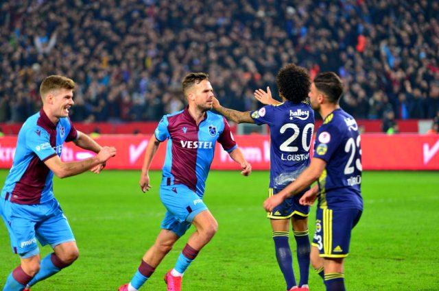 Fenerbahçe, Trabzonspor'la sözleşmesi bitecek olan Filip Novak'la 3+1 yıllığına anlaştı