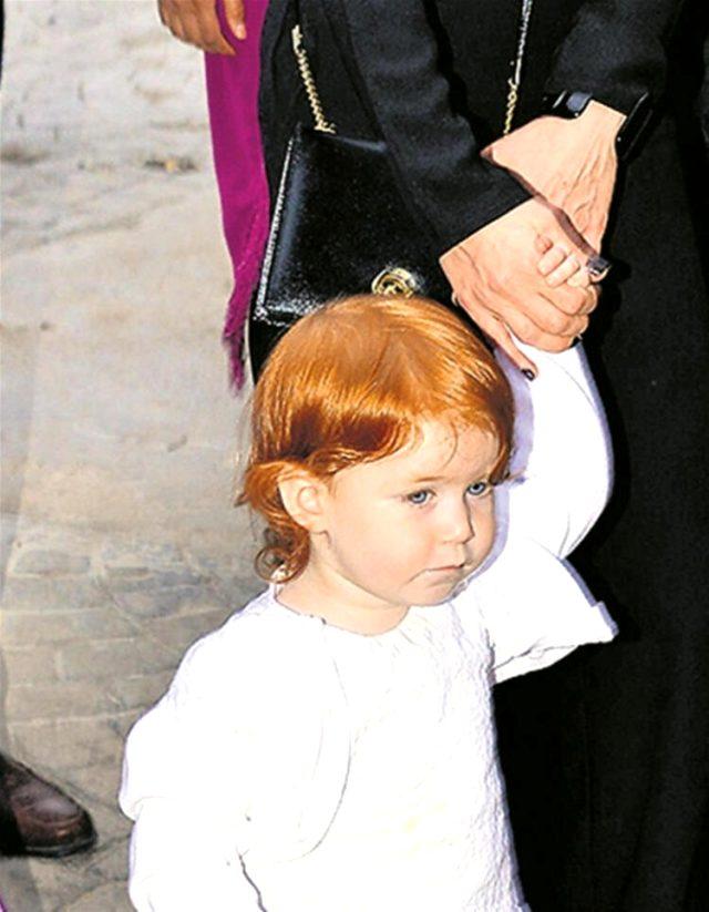 Gökhan Özoğuz, kızı Ayşe'nin fotoğrafını ilk kez paylaştı