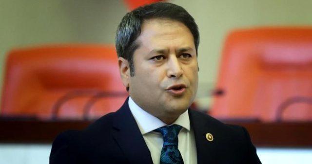 Son Dakika: AK Parti'de, Alpay Özalan ve Ali Şahin idare amirliğine getirildi